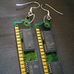 computer-board-earrings