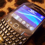 BlackBerry Curve 8520 With Optical Trackpad - Leaked Pics