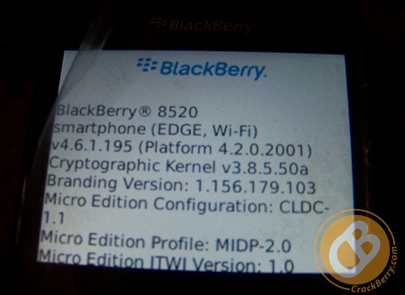 blackberry-curve-8520-2