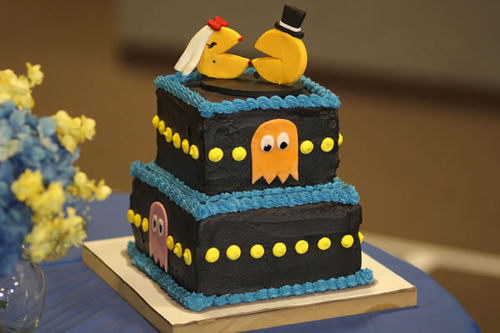 Pac-Man-Wedding-Cake