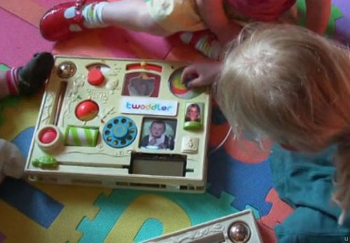 twoddler-twitter-machine-for-toddlers