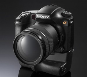 sony alpha a77 300x264 Sony Could Launch 24 Megapixel Translucent Mirror Camera Next Year